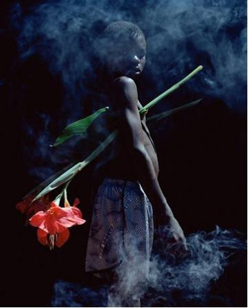 the passenger times district -Viviane Sassen 07