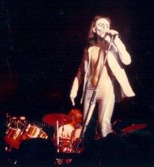 the passenger times - Peter Gabriel's wardrobe 03