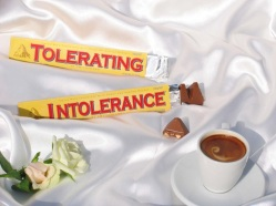 """Tolerating Intolerance"""" 2006 Color print A collaboration with Shirin Aliabadi / Photographie couleur Une collaboration avec Shirin Aliabadi"""