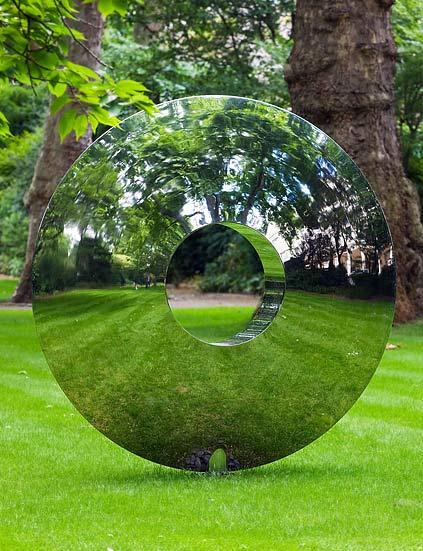 modern_outdoor_sculpture
