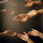 hands1