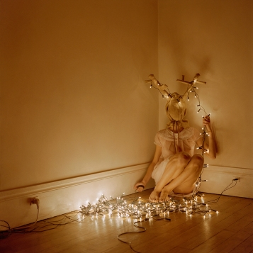 SELFPORTRAIT_IN_CHRISTMAS_DEER(6)