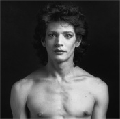 Mapplethorpe 93.4288 Self Portrait 2/19/2004 photo by DH