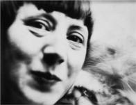 Hannah Hock on The Passenger Times portrait 05