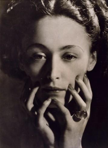 Nusch Eluard, 1935